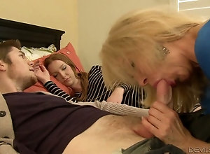 Mature chick Erica Lauren fucks next to her sleeping stepdaughter