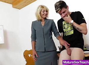 Blonde mature teacher inspects her young student's hard beef bayonet