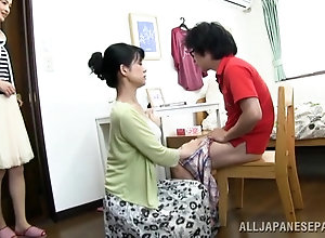 Japanese mom enjoys sucking small hairy tool and getting smashed