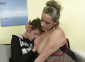 Alluring bigass milf jerks his off and gives him deepthreat