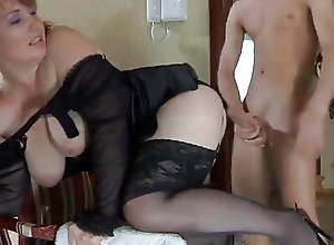 Chubby milf in sexy lingerie bangs with a skinny pervert