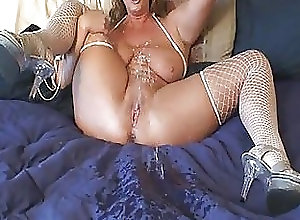 celebrity shaved pussy
