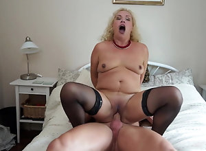 Screaming sex clips